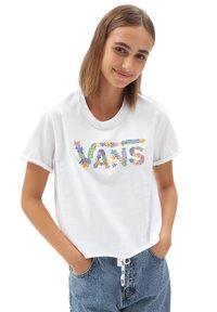Vans - WM ZEN PATIO - Print T-shirt - white - 0