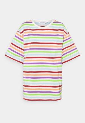 KALLIOILLE MULTITASARAITA - Print T-shirt - multicolored