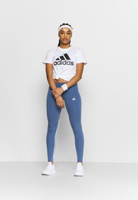 adidas Performance - T-shirt print - white/black - 1