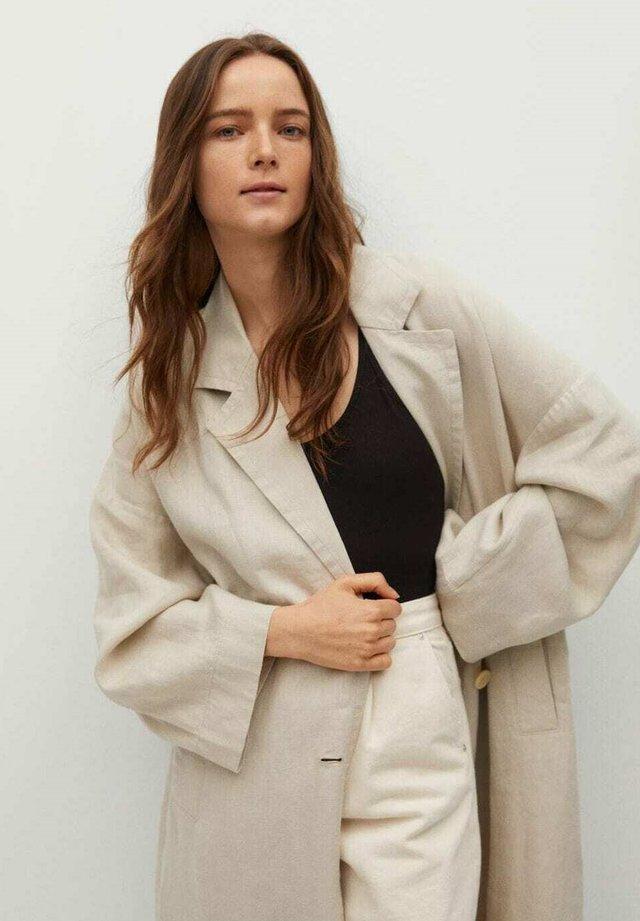 Abrigo clásico - beige