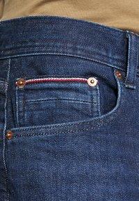 Tommy Hilfiger - CORE DENTON - Straight leg jeans - denver indigo - 3