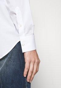 John Richmond - SHIRT TOLGAX - Shirt - white - 3