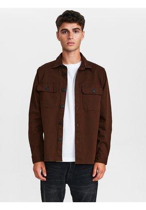 TOPPER - Shirt - bronze brown