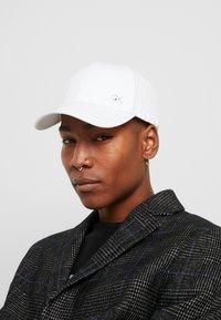 Calvin Klein - SIDE LOGO - Casquette - white - 1