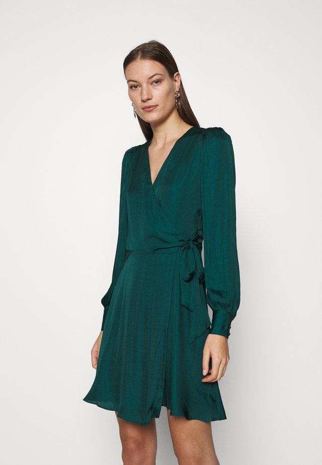 VNECK WRAP SOLID - Day dress - glen green