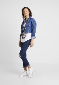 New Look - WOW KNEE RIP - Jeans Skinny Fit - mid blue - 1