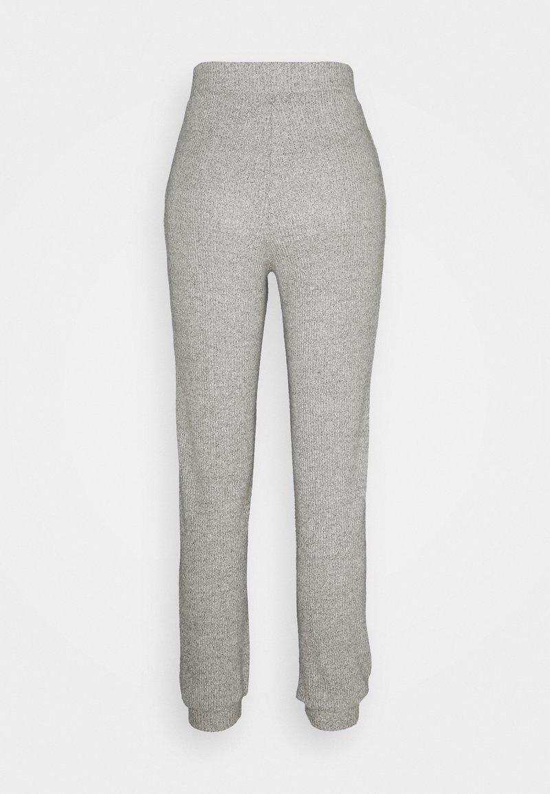 Vero Moda Petite - VMTIA PANT PETITE - Tracksuit bottoms - light grey melange