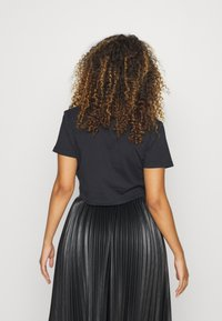 Juicy Couture - CROWN - T-shirt print - black - 3