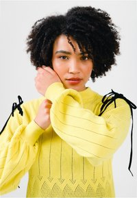 Solai - Jumper - celery yellow - 4