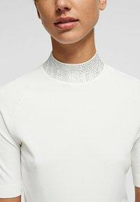 KARL LAGERFELD - RHINESTONES MOCK - Pullover - white - 4