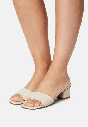 CECIL - Heeled mules - nude