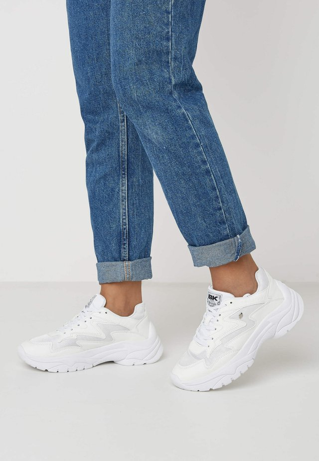 GALAXY - Sneakers laag - white/white