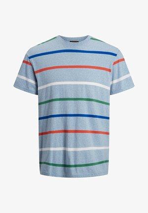 JORRELAXIE TEE CREW NECK - Print T-shirt - ashley blue