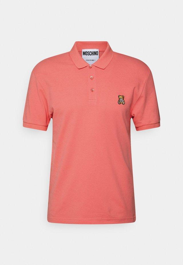 UPPER BODY GARMENT - Polo shirt - pink
