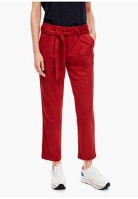 s.Oliver - Pantalon classique - dark red - 3
