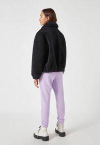 PULL&BEAR - Fleece jacket - black - 2