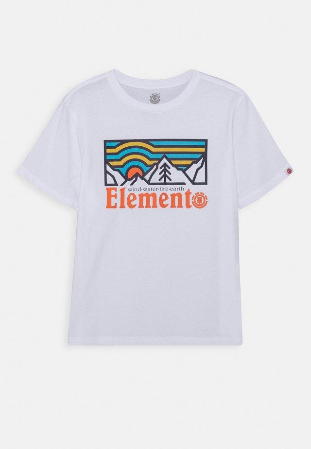 WANDER BOY - Print T-shirt - optic white