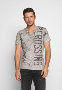 Key Largo - HIGHWAY BUTTON - Print T-shirt - silver - 0