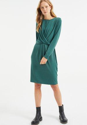 MET KNOOPDETAIL - Vestito di maglina - dark green