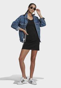 adidas Originals - RACER DRESS - Jersey dress - black - 0