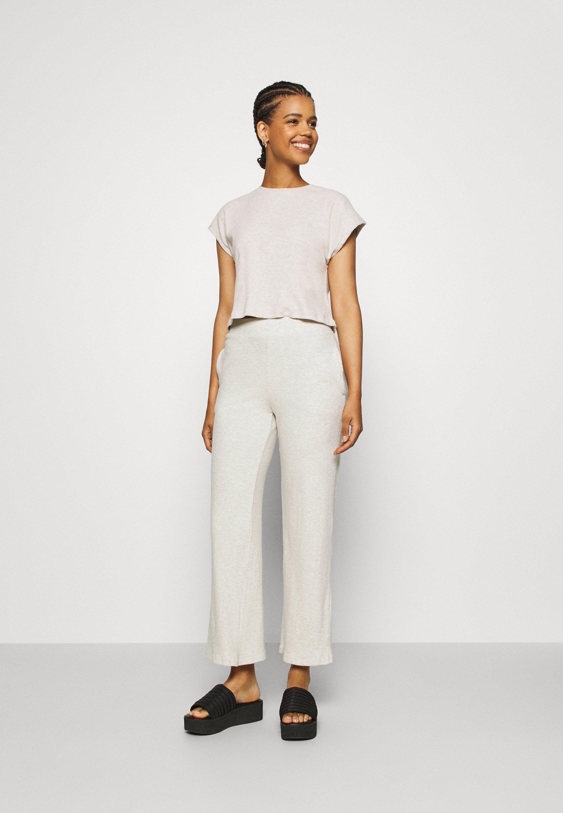 Women COZY TEE - Trousers