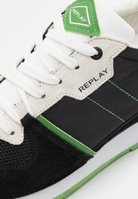 Replay - CLASSIC WEST - Sneakers - black/white/green - 3