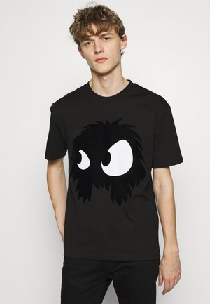 MONSTER DROPPED SHOULDER - Print T-shirt - black