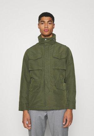 FIELD JACKET - Short coat - army