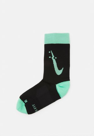 MULTIPLIER CREW TOKYO UNISEX - Sports socks - green glow/wolf grey/white/black