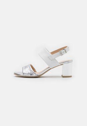 Sandals - silver/white