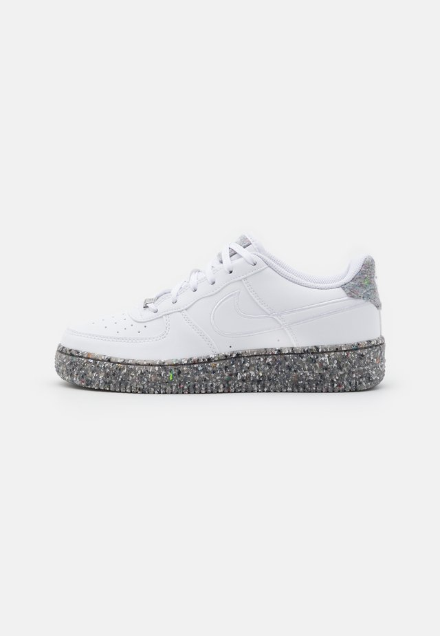 AIR FORCE 1 KSA UNISEX - Baskets basses - white/metallic silver