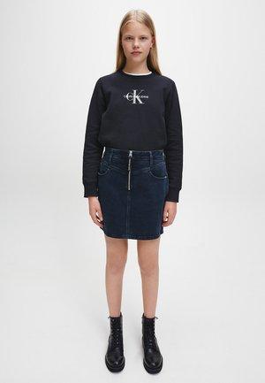 A-line skirt - blue black yoke zip