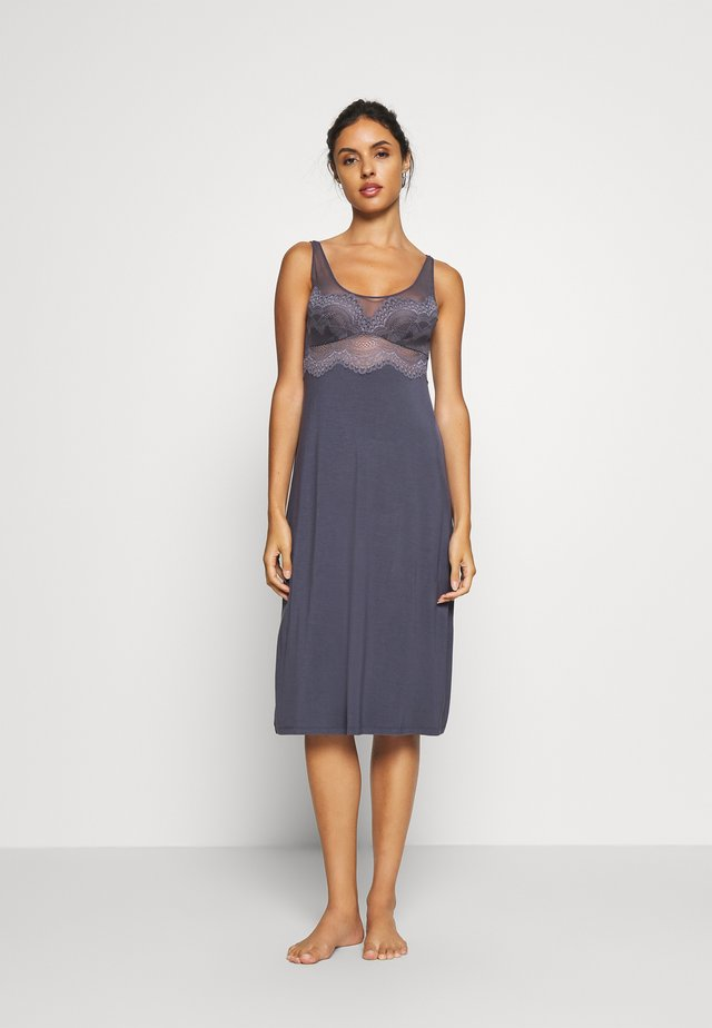DARLING SPOTLIGHT MEDIUM - Nightie - pebble grey
