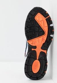 Skechers - STAMINA - Sneakers - navy/black/charcoal/orange - 5