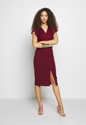 V NECK LACE TOP DRESS - Cocktailjurk - bungundy
