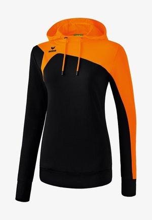 CLUB  - Hoodie - schwarz / orange