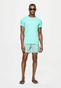 Hackett London - H PRINT SW - Swimming shorts - green - 1
