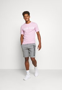 Calvin Klein Performance - SHORT - Sports shorts - grey - 1