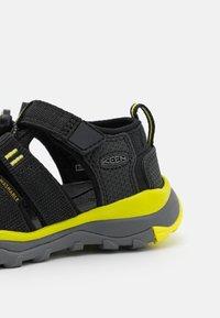 Keen - NEWPORT NEO H2 UNISEX - Chodecké sandály - black/evening primrose - 5