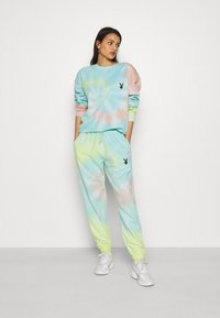 Missguided - PLAYBOY TIE DYE OVERSIZED CREW  - Sudadera - multi - 1