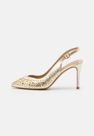 Pumps - gold