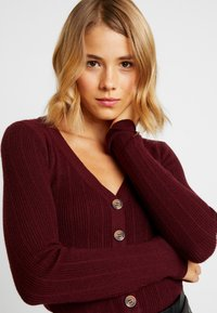 Nly by Nelly - CROPPED CARDIGAN - Chaqueta de punto - wine - 4