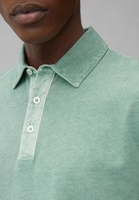 Marc O'Polo - LONG SLEEVE FLATLOCK DETAILS - Polo shirt - green bay - 3