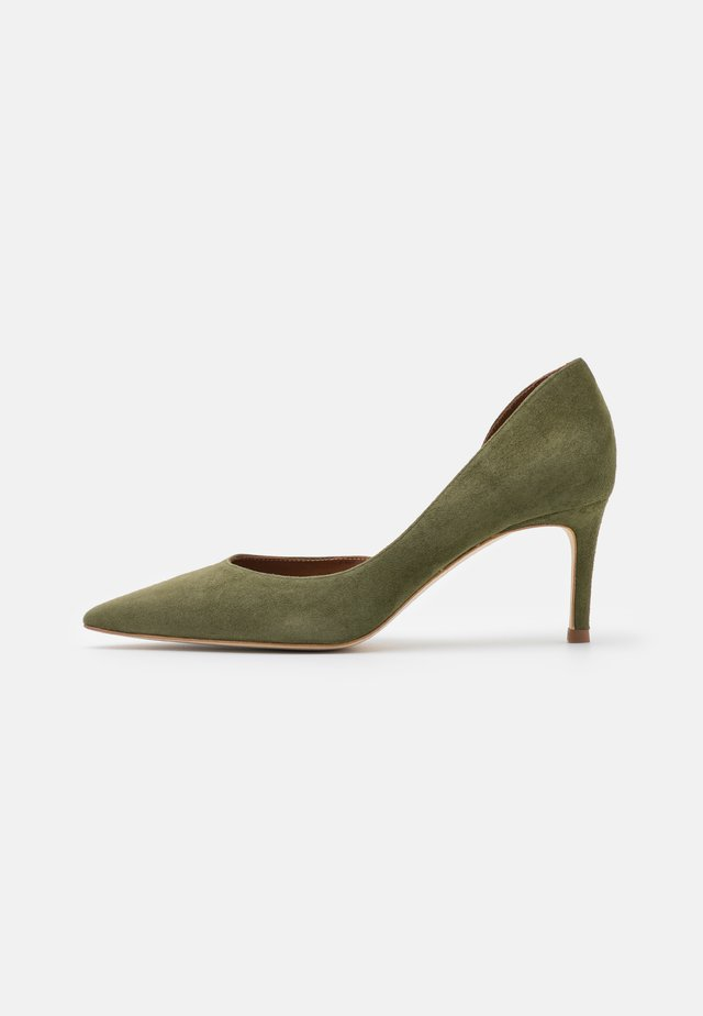 Pumps - kaki green