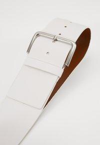 Esprit - WIDE HIP BELT - Pásek - off white - 2