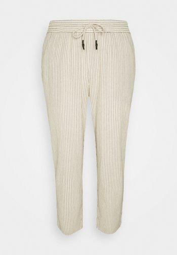 ONSLINUS LIFE CROP TAP PANT - Pantaloni - off-white