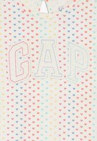 GAP - T-shirt print - ivory frost - 4