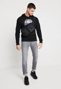 Jack & Jones - JJITIM JJORIGINAL - Slim fit jeans - grey denim - 1