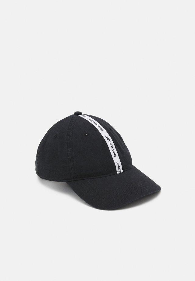BACK VECTOR CAP - Pet - black