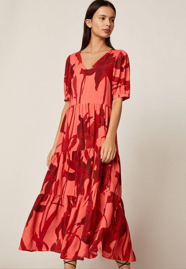 LANGES ROMANTISCHES KLEID 31990115 - Day dress - red